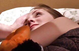 Առավոտյան մինետ Չեխիայի սվինգեր Ryder-ը մի աղջկա է դարձնում պատշգամբում